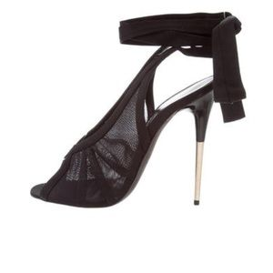 NEW TOM FORD MESH and SATIN SANDALS size 7 !